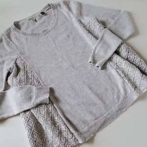 Anthro knitted & knotted sweater size small